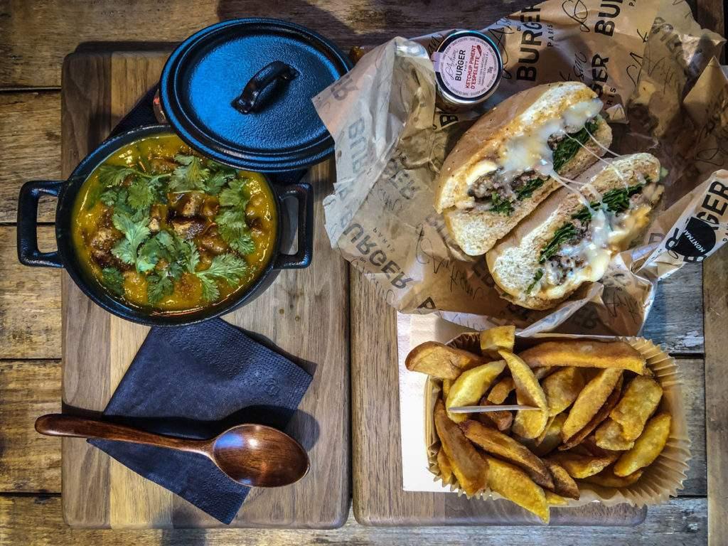 Lartisan Burger - Tisch