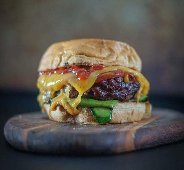 Melocchini Burger - Portrait