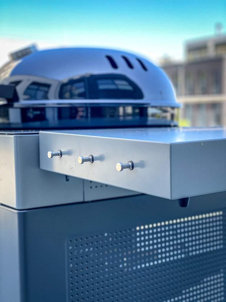 Outdoorchef Arosa 570 G - Seitenablage